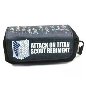 estuche Ataque a los Titanes